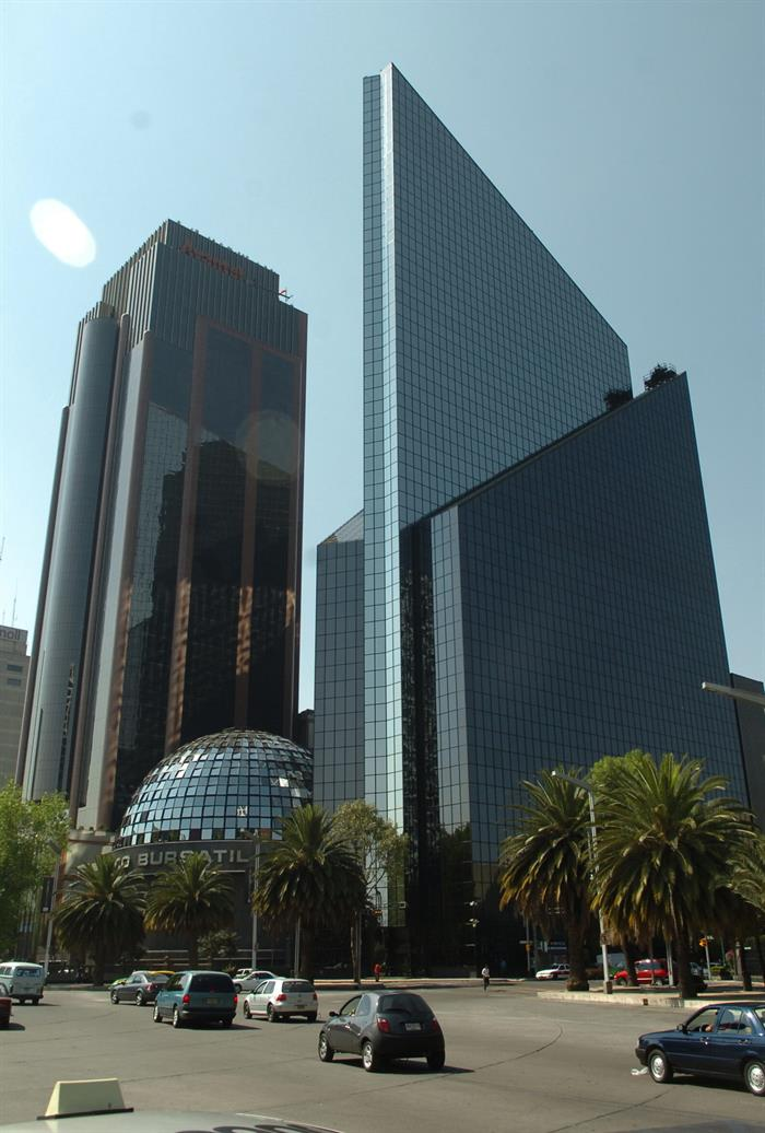 The Stock Exchange of Mexico advances 0.57% at the beginning of the session